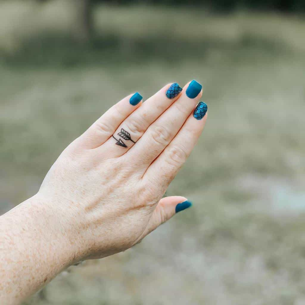 Small Hand FingerTattoo For Women Courtney Nicole91
