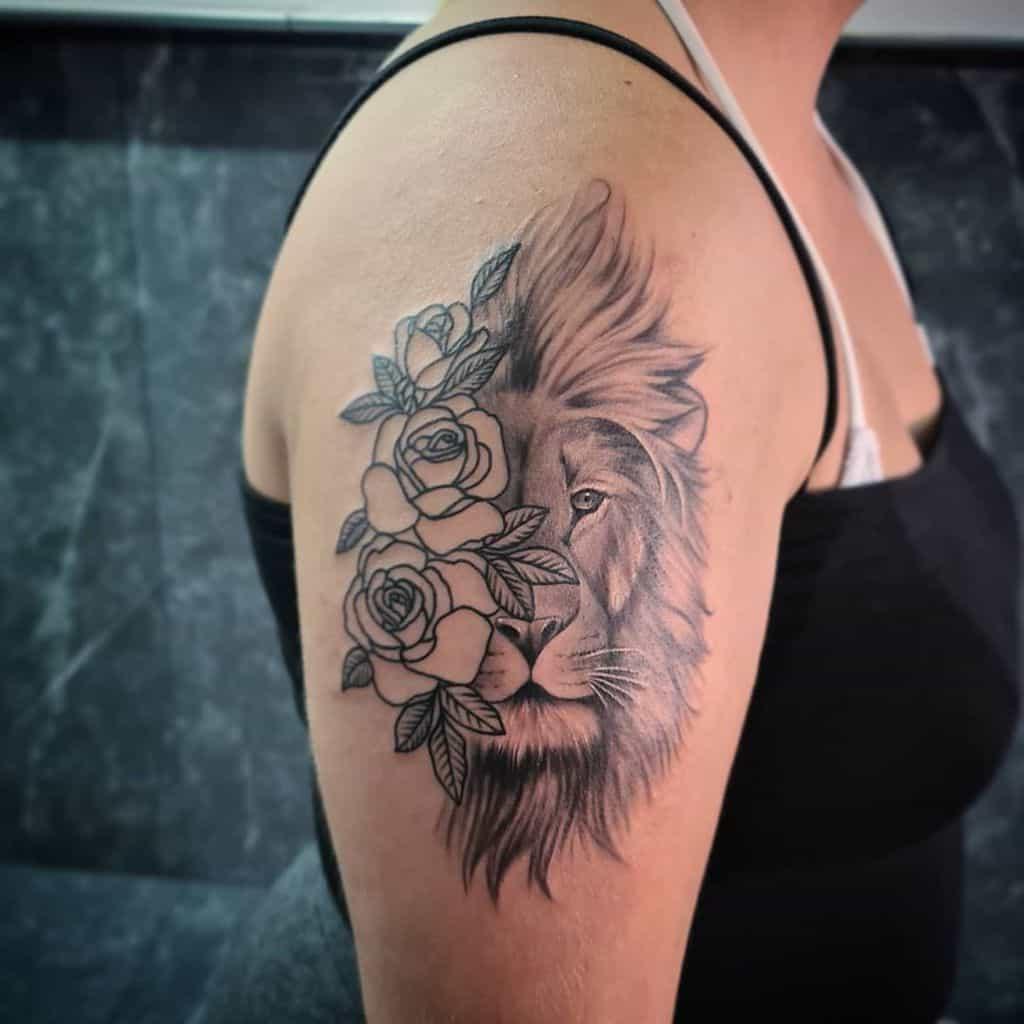 Small Lion Shoulder Tattoos vikings_tattoo_rhodes
