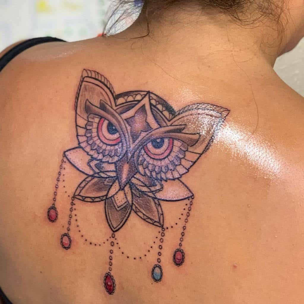 Small Owl Back Tattoos tatt2_raider