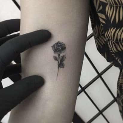 Small Rose Black Tattoos Kinglouie Tattoo