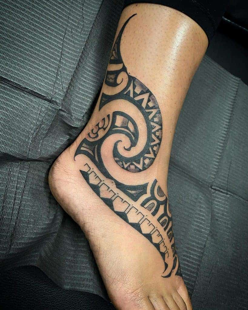 Small-Tribal-Ankle-Tattoos-datutatu-1229×1536