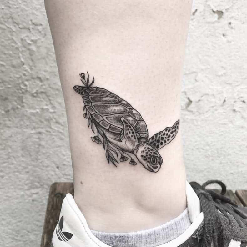 Small Turtle Ankle Tattoos niettto_