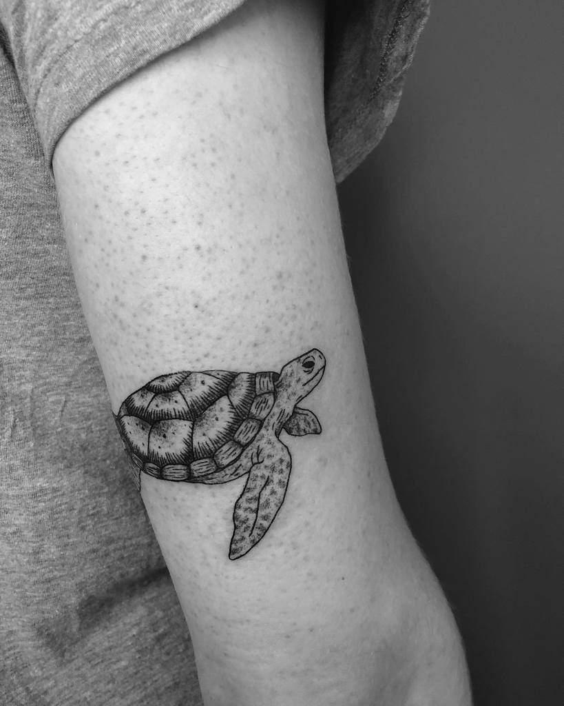 Small Turtle Upperarm Tattoos doe.ink