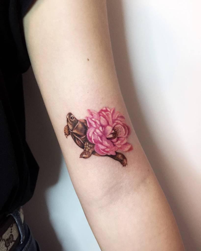 Small Turtle Upperarm Tattoos noemesystattoo
