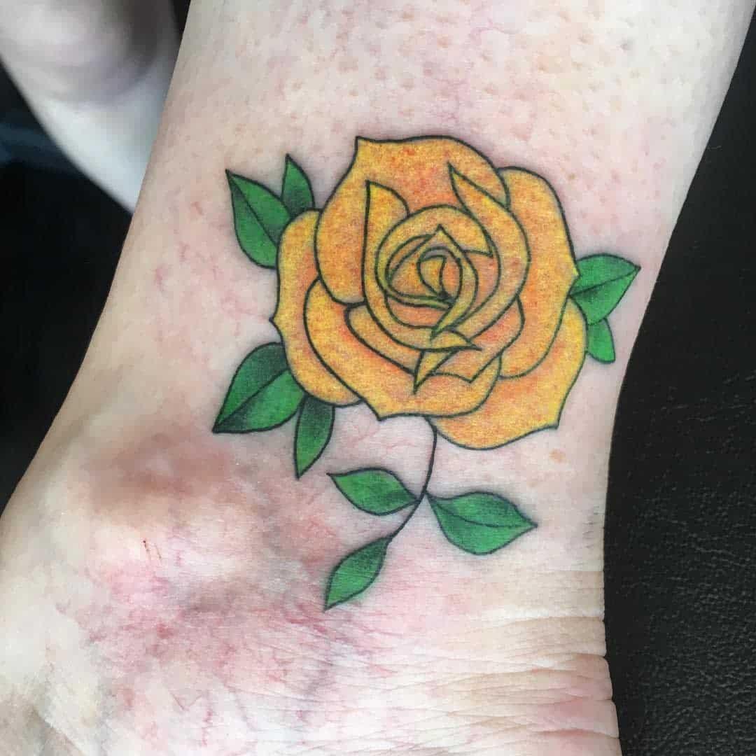 Small Yellow Rose Tattoo -giactattoo