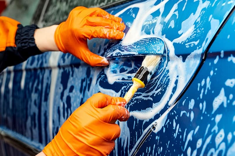 Start a mobile car detailing business.