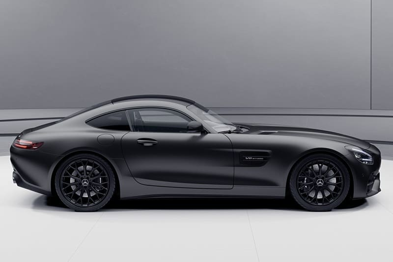 """Stealth Edition"" Driving From Mercedes-AMG GT"