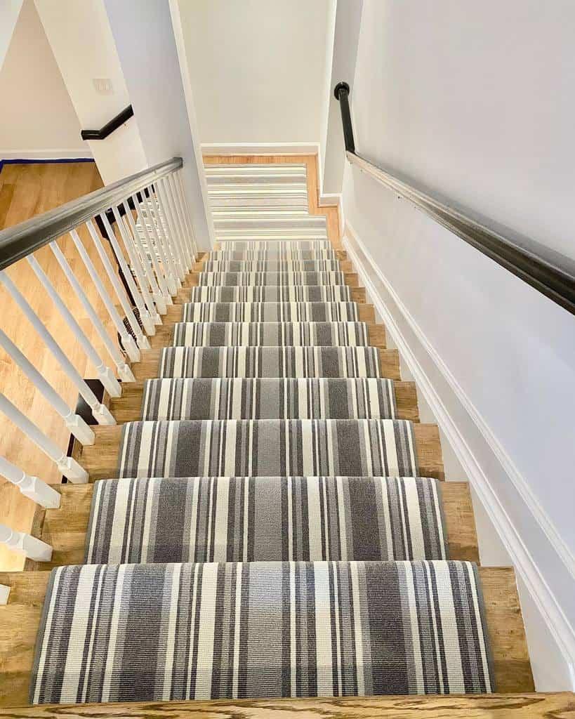 Striped Stair Runner Ideas -bonnieammoninteriors