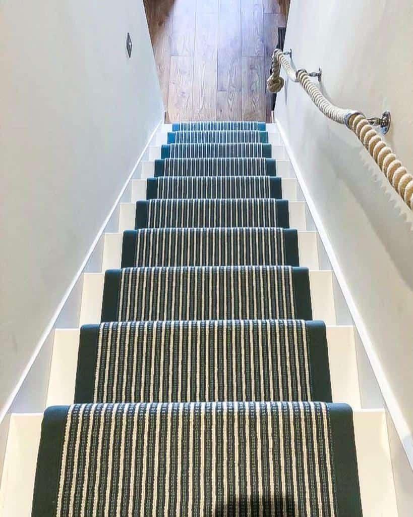 Striped Stair Runner Ideas -crestwoodoflymington