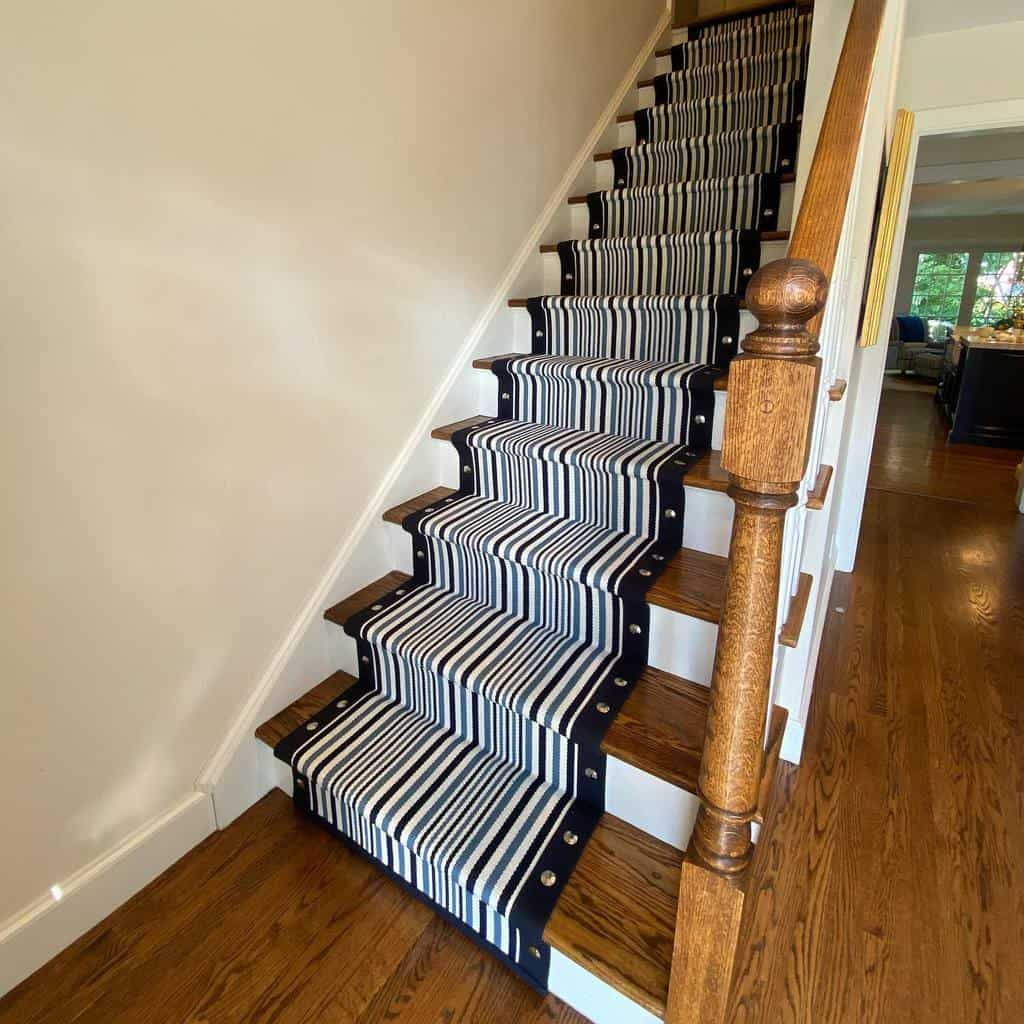 Striped Stair Runner Ideas -customstairrunners