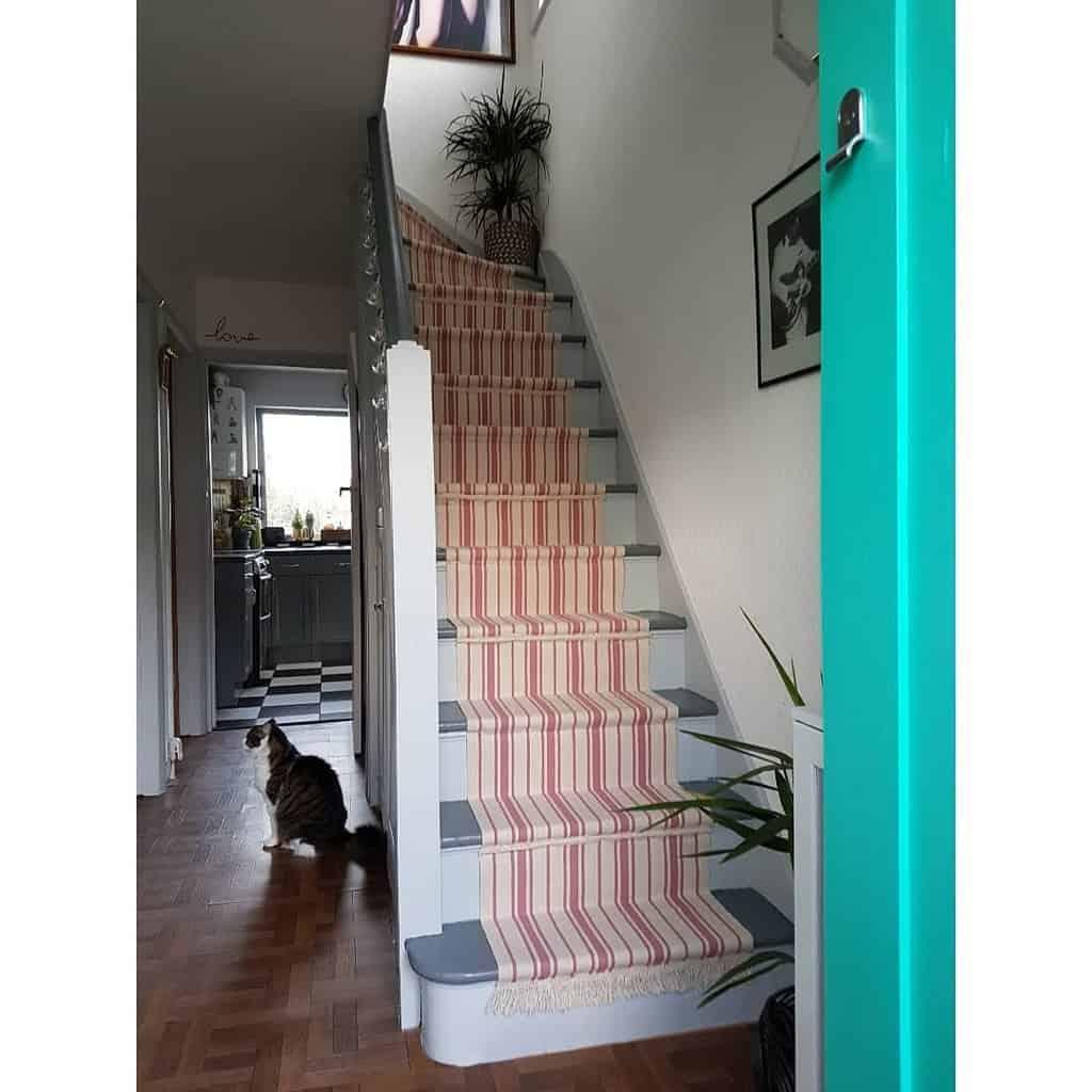 Striped Stair Runner Ideas -evie_polkadot