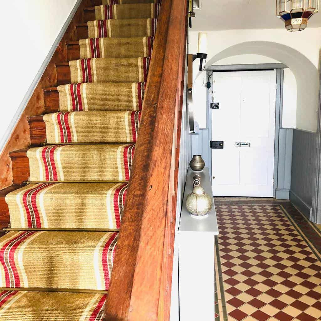Striped Stair Runner Ideas -lillyroads