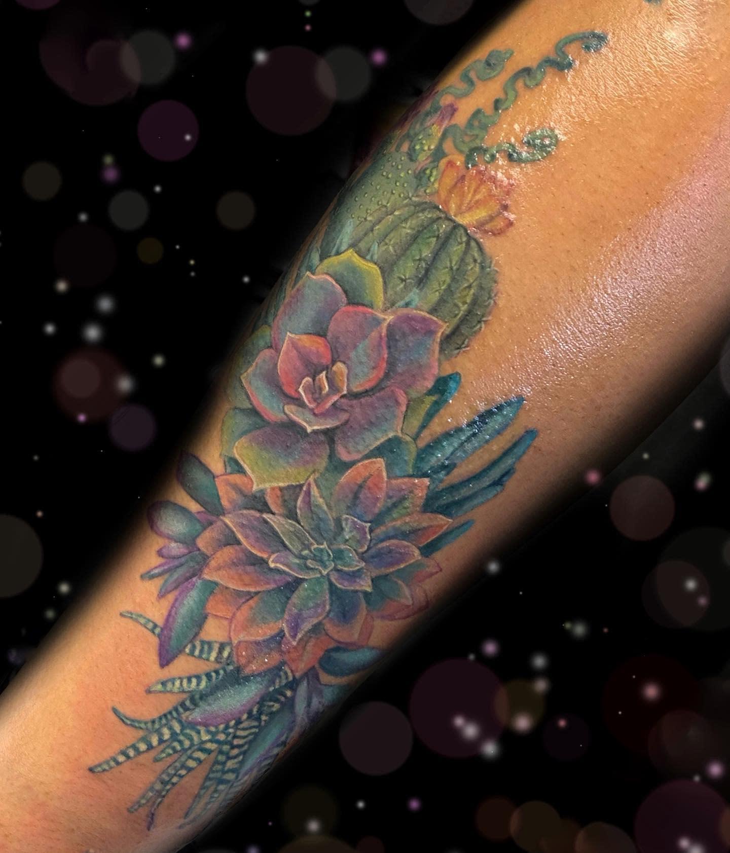 Realistic Succulent Tattoo -rosenoirstudio