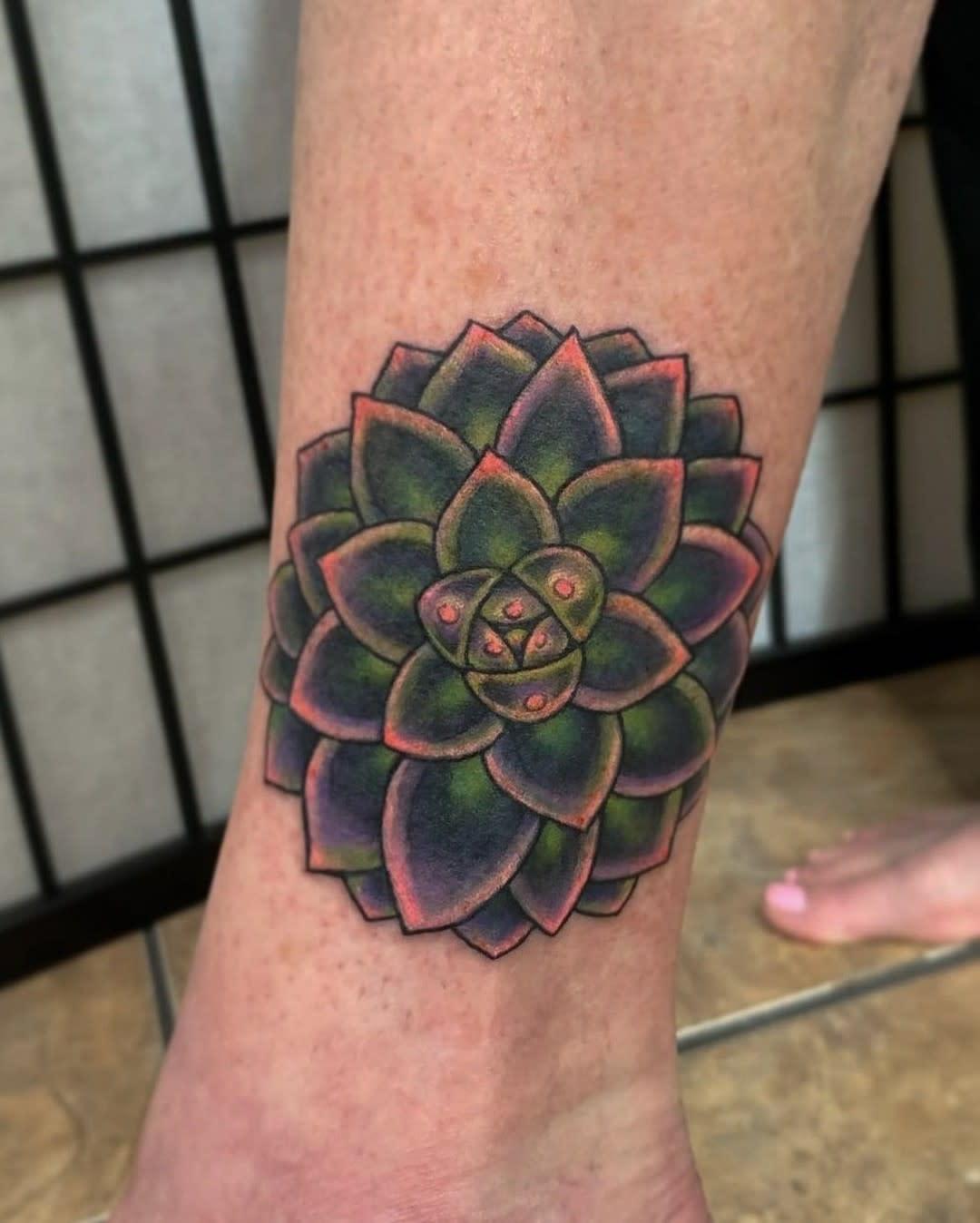 Small Succulent Tattoo -laluztattoo