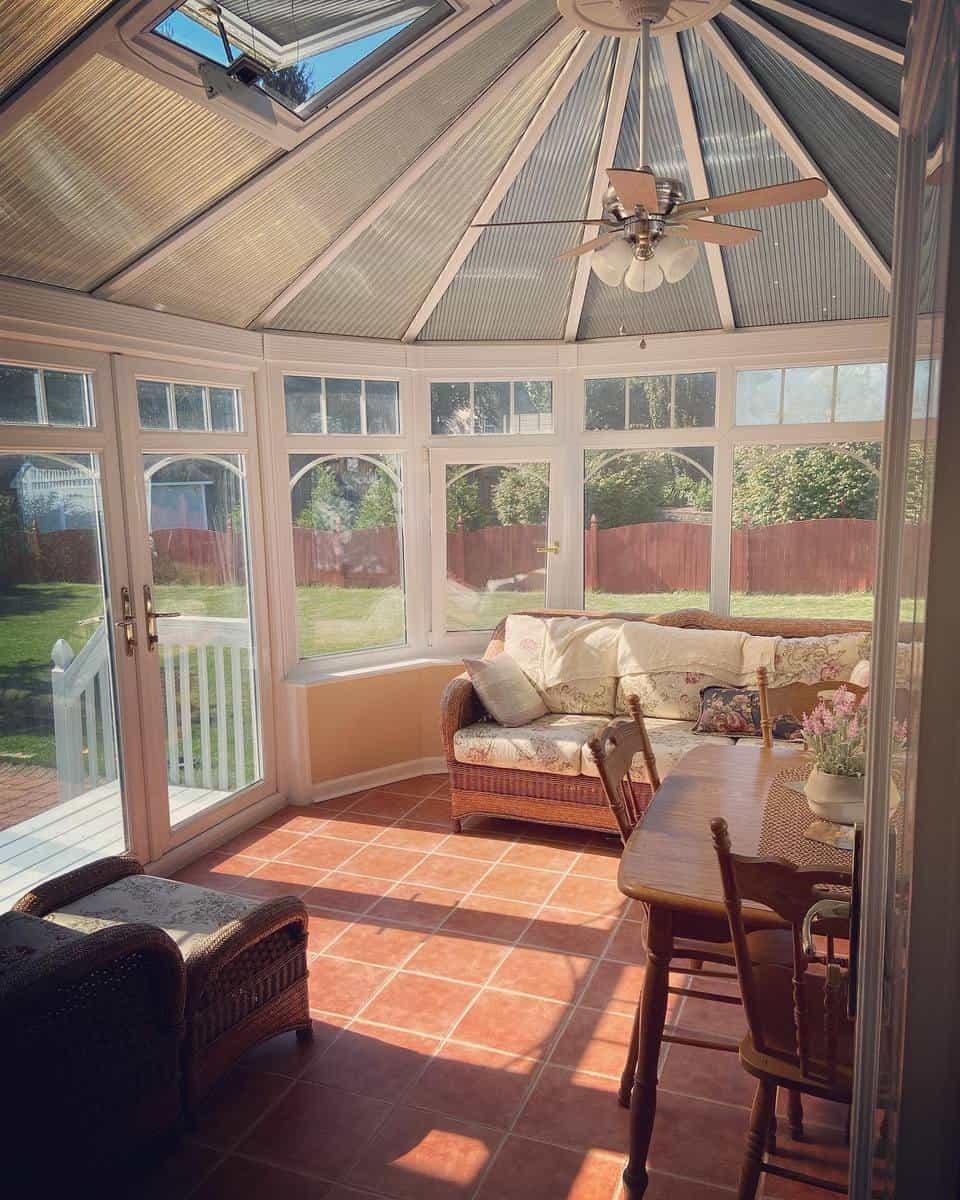 Sunroom Patio Enclosure Ideas -helenency