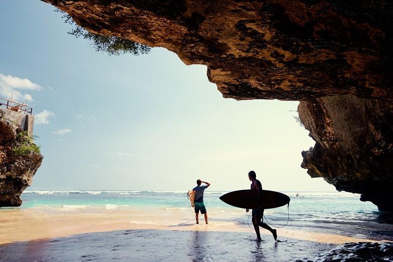Surf-Spot-in-Uluwatu-Bali-Indonesia