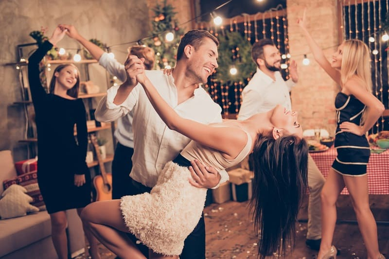Take-Your-Partner-Dancing-Valentines-Day-Date-Ideas
