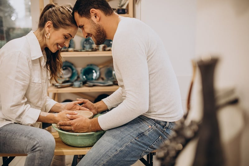 Take-a-Pottery-Class-Valentines-Day-Date-Ideas
