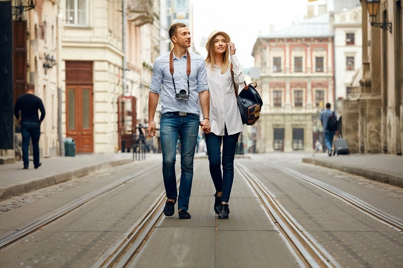 Take-a-Tour-of-Each-Others-Respective-Hometowns-To-Keep-The-Romance-Alive
