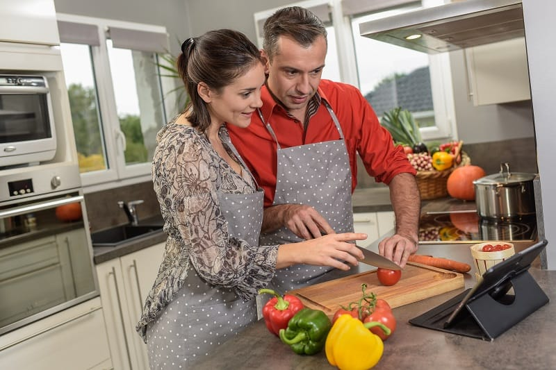 Take-a-Virtual-Cooking-Class-Together-Valentines-Day-Date-Ideas