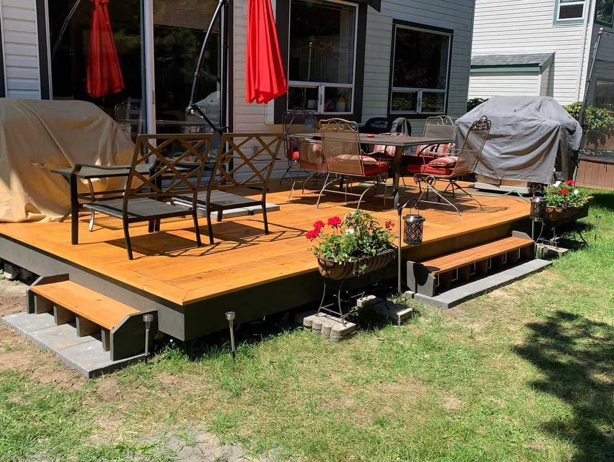 Tan Deck Color Ideas -devine_woodwork