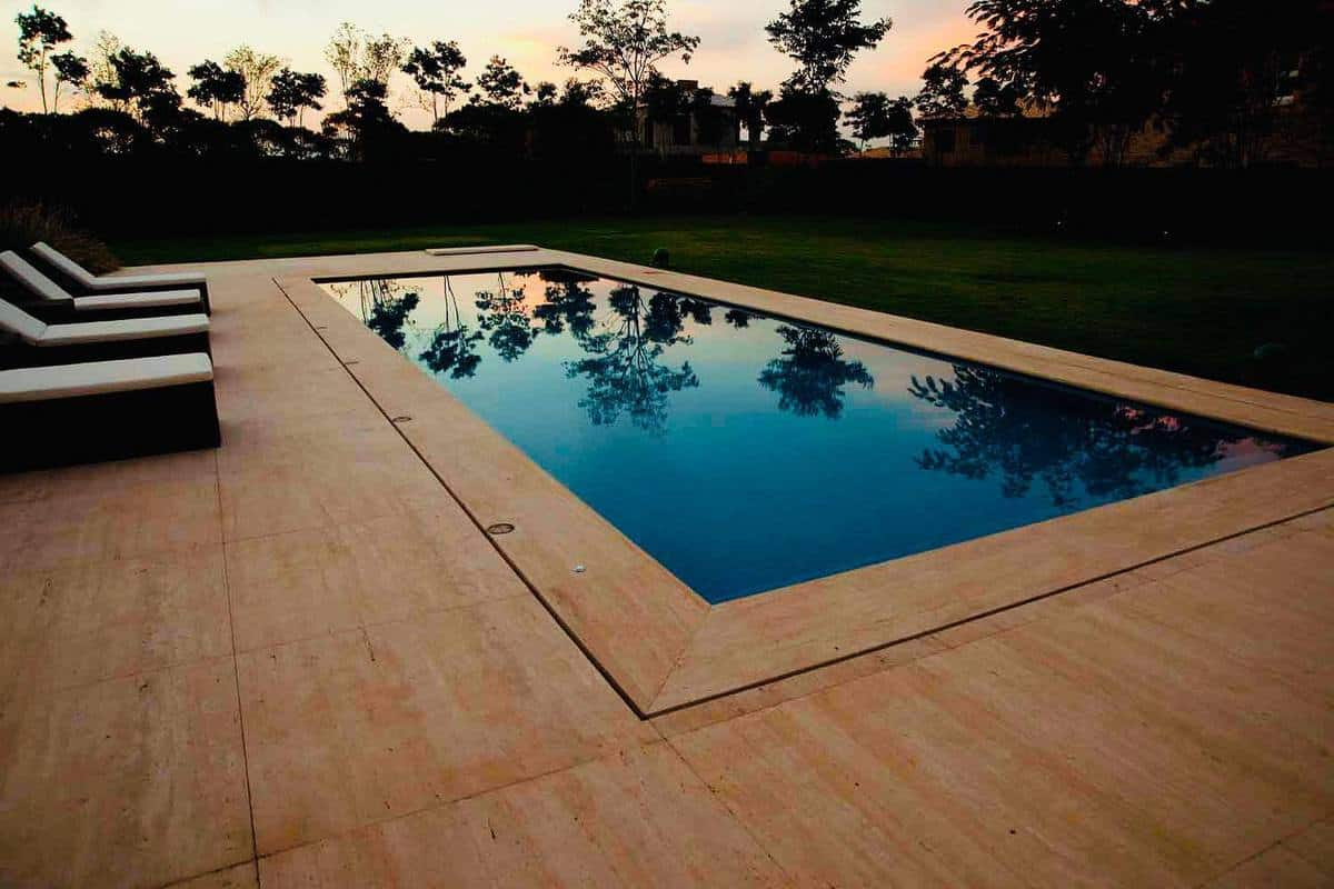Tan Deck Color Ideas -isischaulonarquitetura