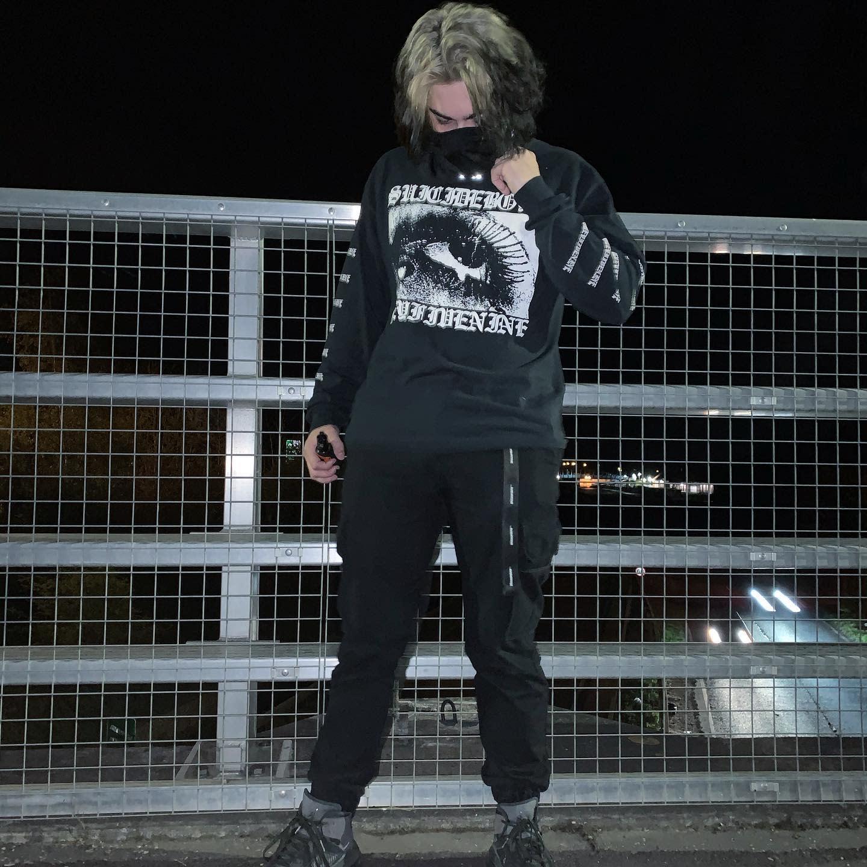 Minimalist Techwear -pxrriwxllace_