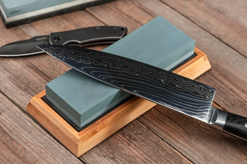 The 10 Best Japanese Kitchen Knives to Buy in 2021