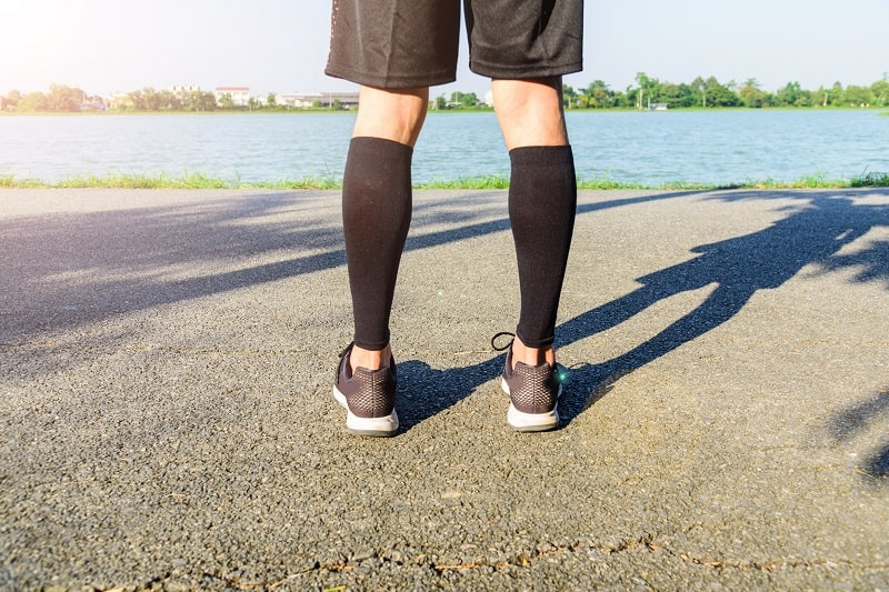 The 8 Best Knee Compression Sleeves for All Types of Athletes