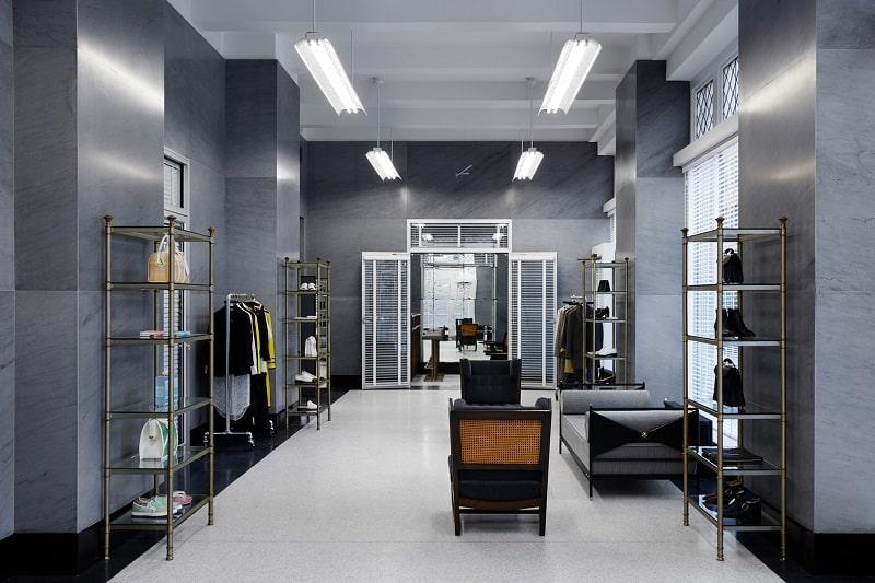 Thom-Browne-Mens-Luxury-Fashion-Brand