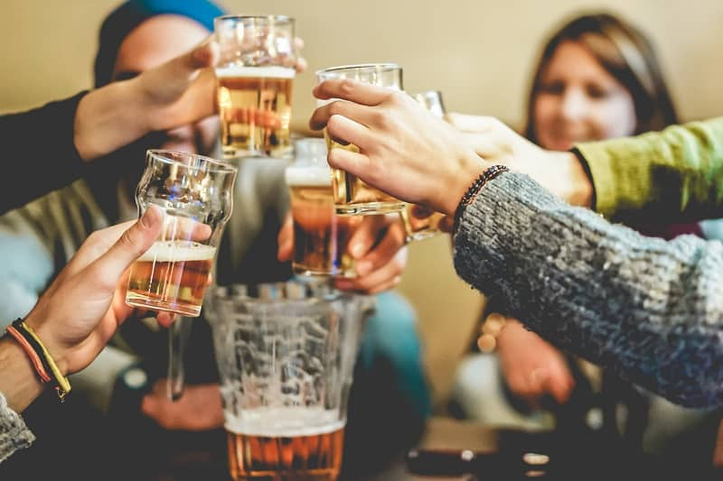 Tips-for-the-best-movie-drinking-game-experience
