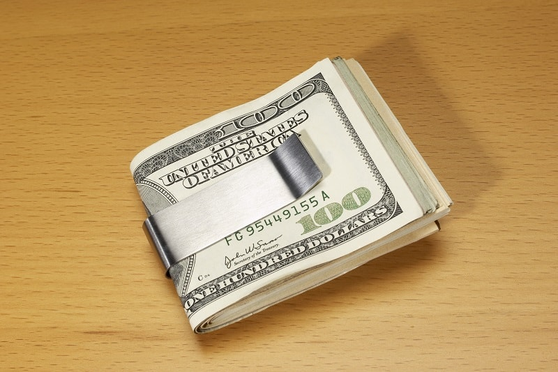 Top-10-Best-Money-Clips-For-Men-Hold-Your-Hard-Cash