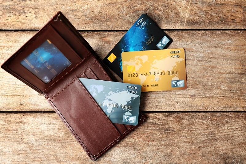 Top 13 Best RFID Wallets For Men – Stylish Credit Card Blocking And Shielding
