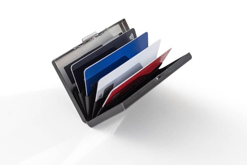 Top 15 Best Aluminum Wallets For Men – Lightweight Every Day Carry
