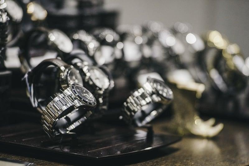 Top 17 Best Titanium Watches For Men – Ti Timepieces