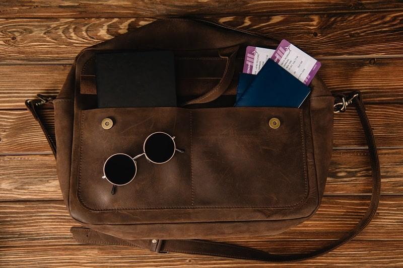 Top 19 Best Weekender Bags For Men – Masculine Travel Duffel Bags