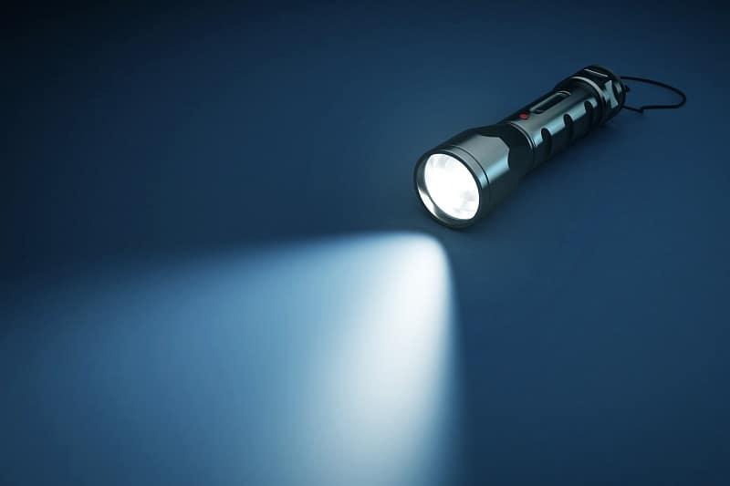 Top 21 Best Keychain Flashlights For Men – Pocket Sized Portable Light