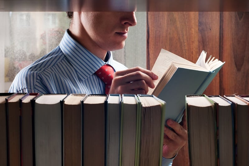 Top 42 Best Self Help Books For Men – All Time Reads On All Facets Of Life