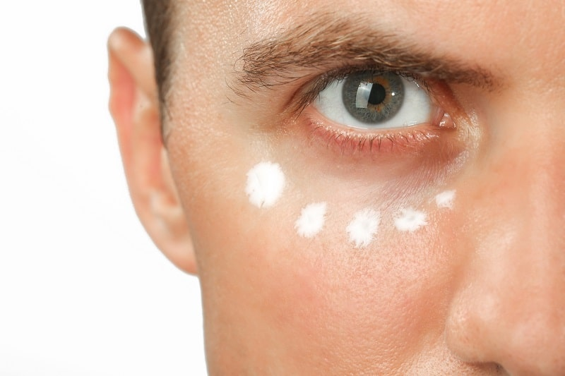 Top 6 Best Wrinkle Cream For Men – Anti-Aging Treatments To Vanish Stress Away