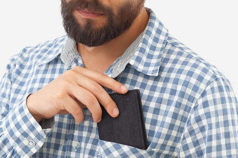 Top 9 Best Wood Wallets For Men – Wooden Cash And Card Carriers