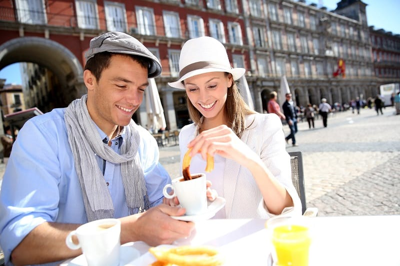 Tour-a-Few-Restaurants-in-Your-Area-To-Keep-The-Romance-Alive
