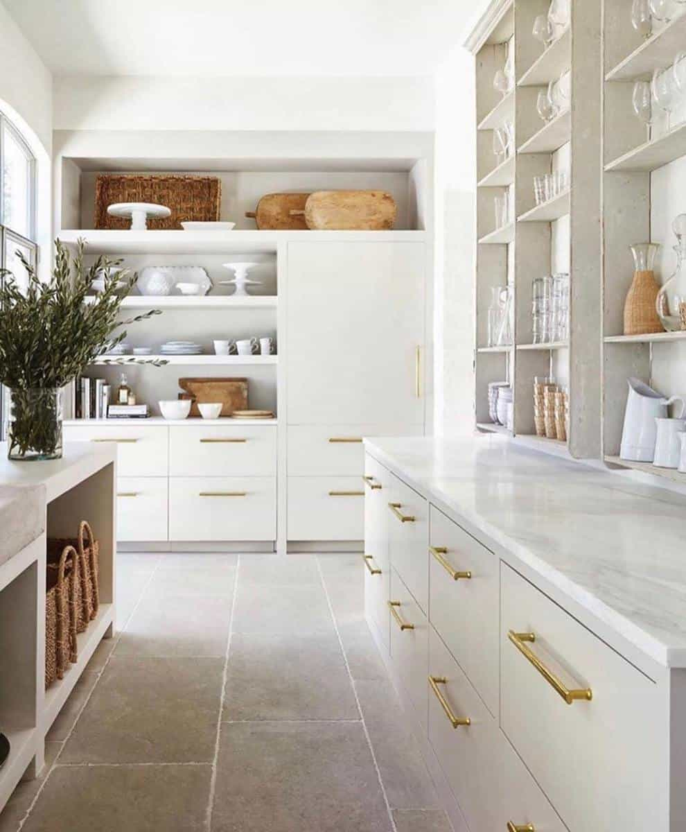Traditional Butler Pantry Ideas -kathy_hereford_homes