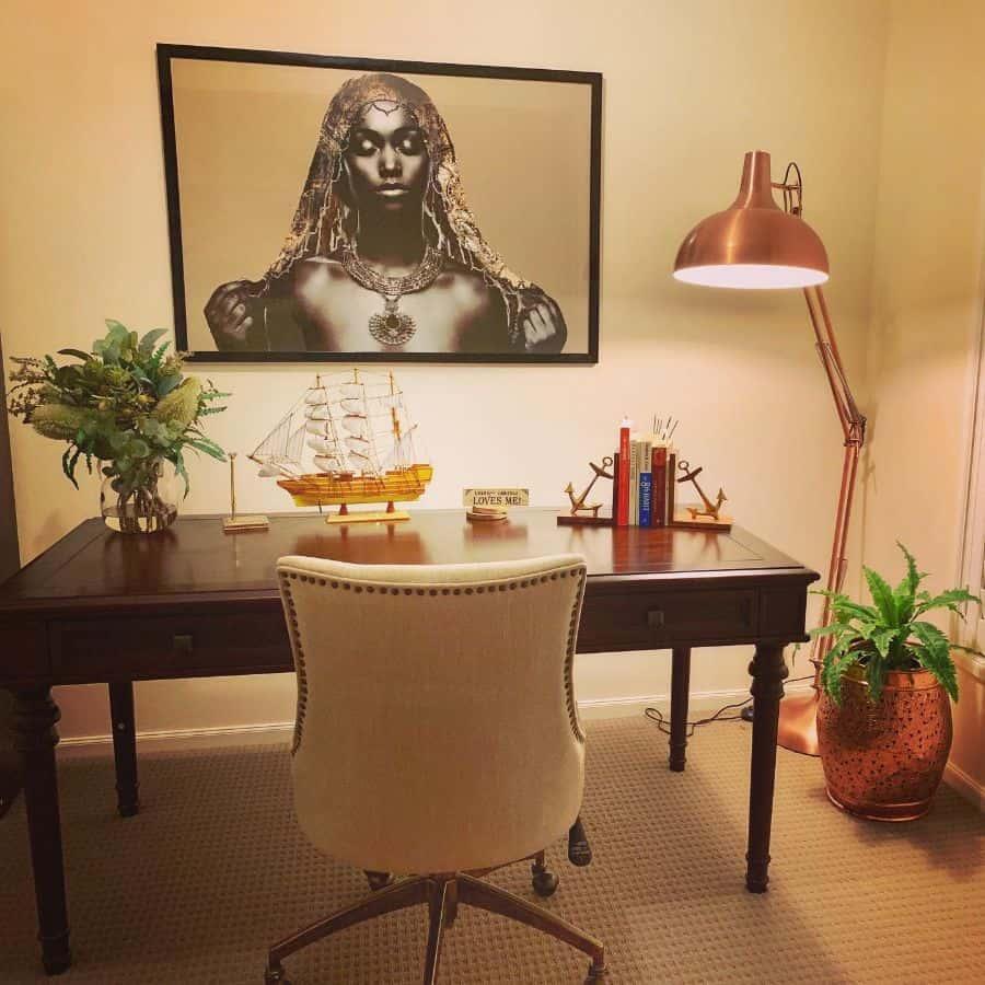 Traditional Study Room Ideas home_heart_decor_