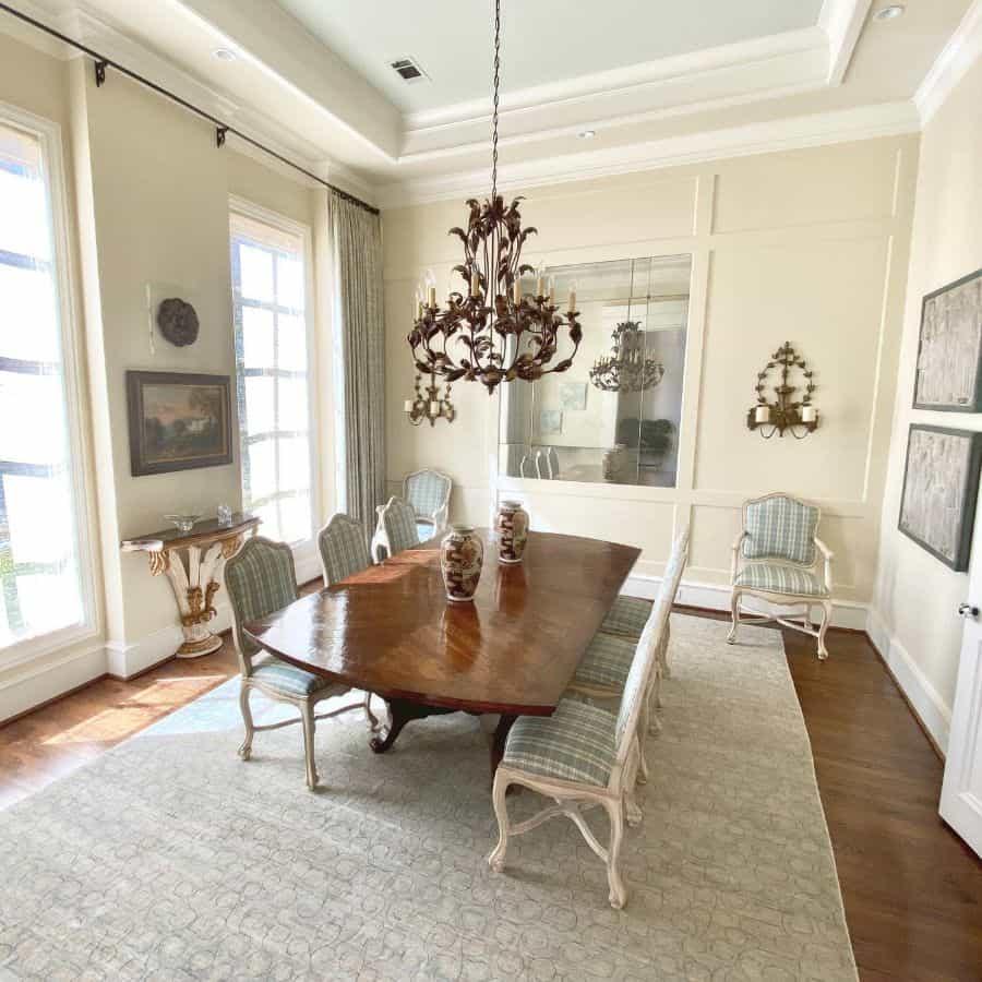 Traditional dining room lighting ideas novelinteriors