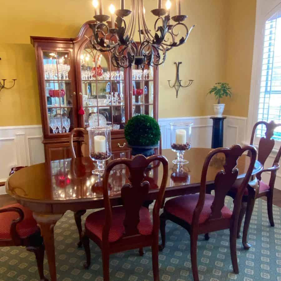 Traditional dining room lighting ideas ordinarymiracles.5
