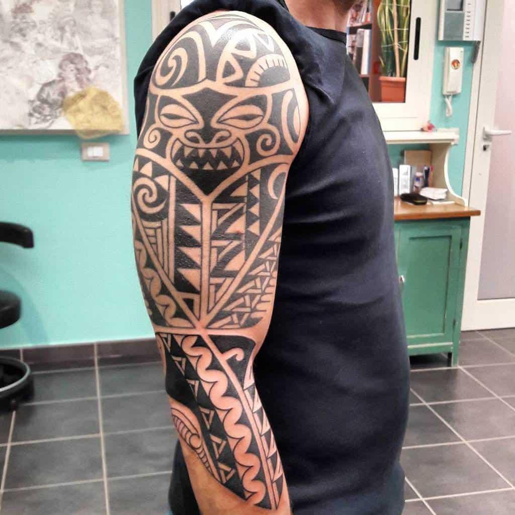 Tribal 34 sleeve tattoo tatuaggidaclaudio