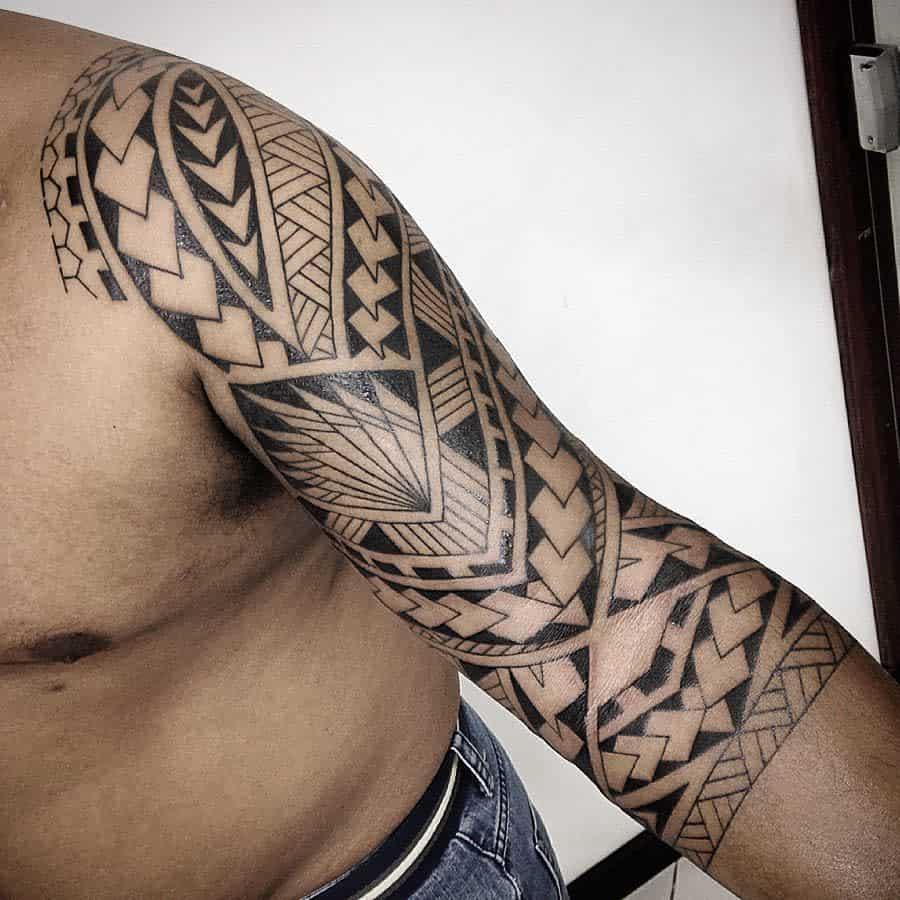 Tribal 34 sleeve tattoo tribal_sr.geleia_gellystattoo