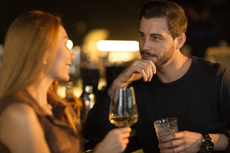 Try-not-to-overthink-your-flirting-technique-Dating-Advice-For-Men