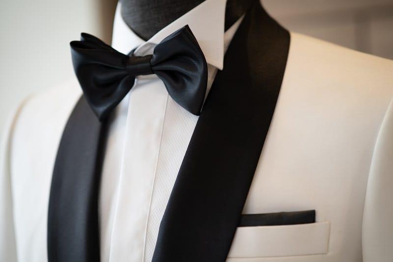 Tuxedo-bibs-and-plackets