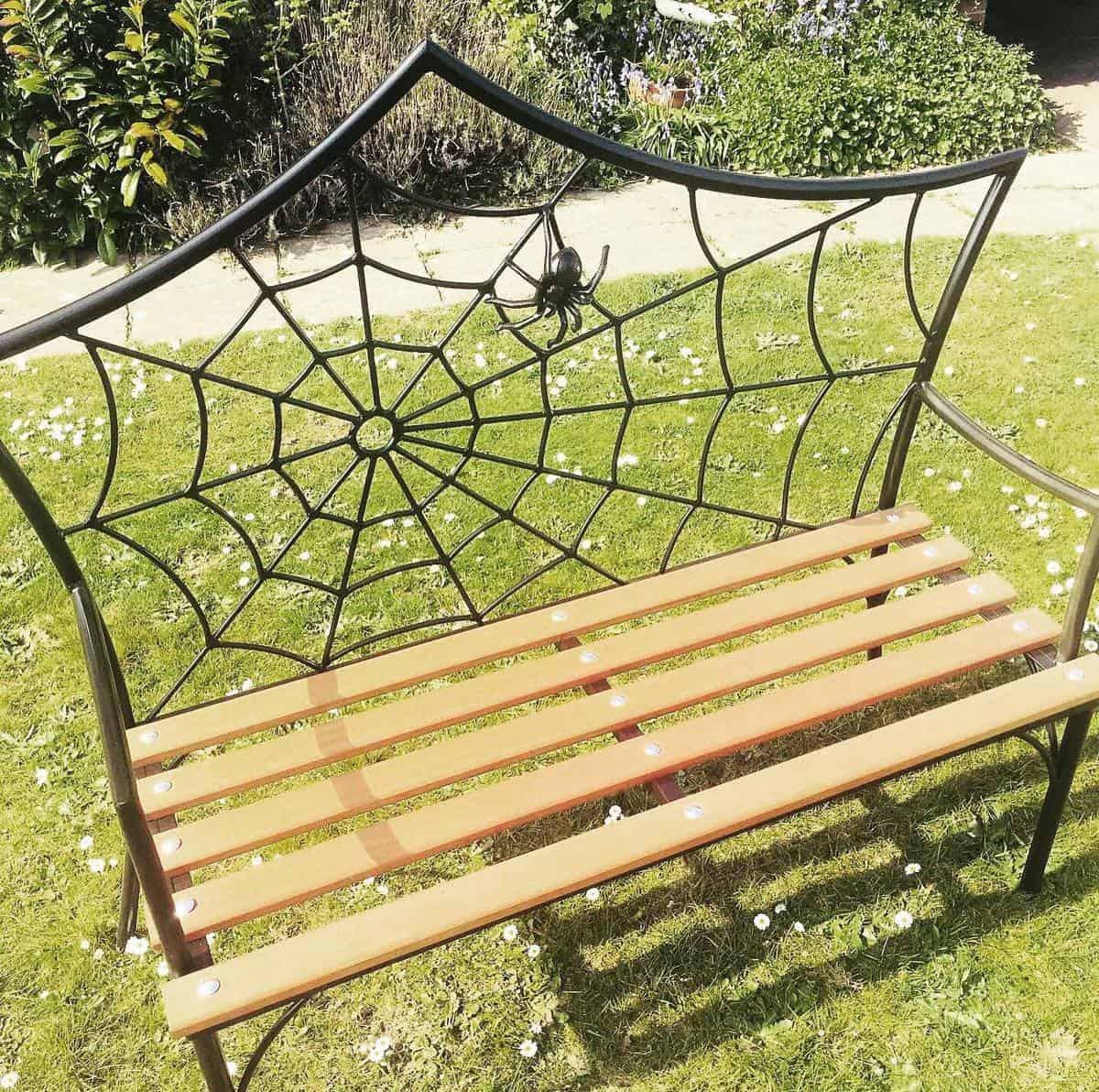 Unique Garden Bench Ideas -industrial_modern_furniture